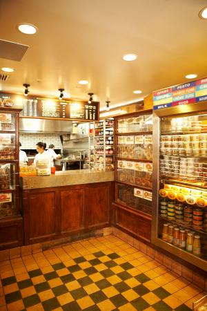 Montreal bagels | Inside the shop at Fairmount Bagel