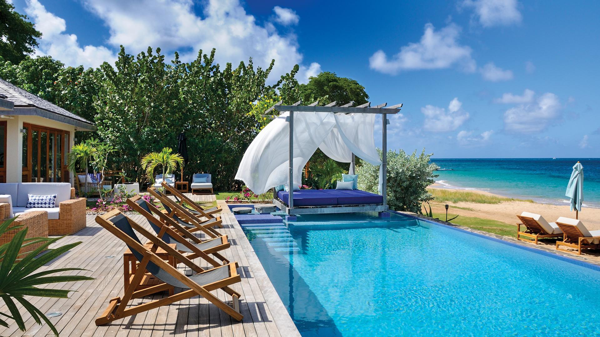 Beach-front villas on the island of Mayreau