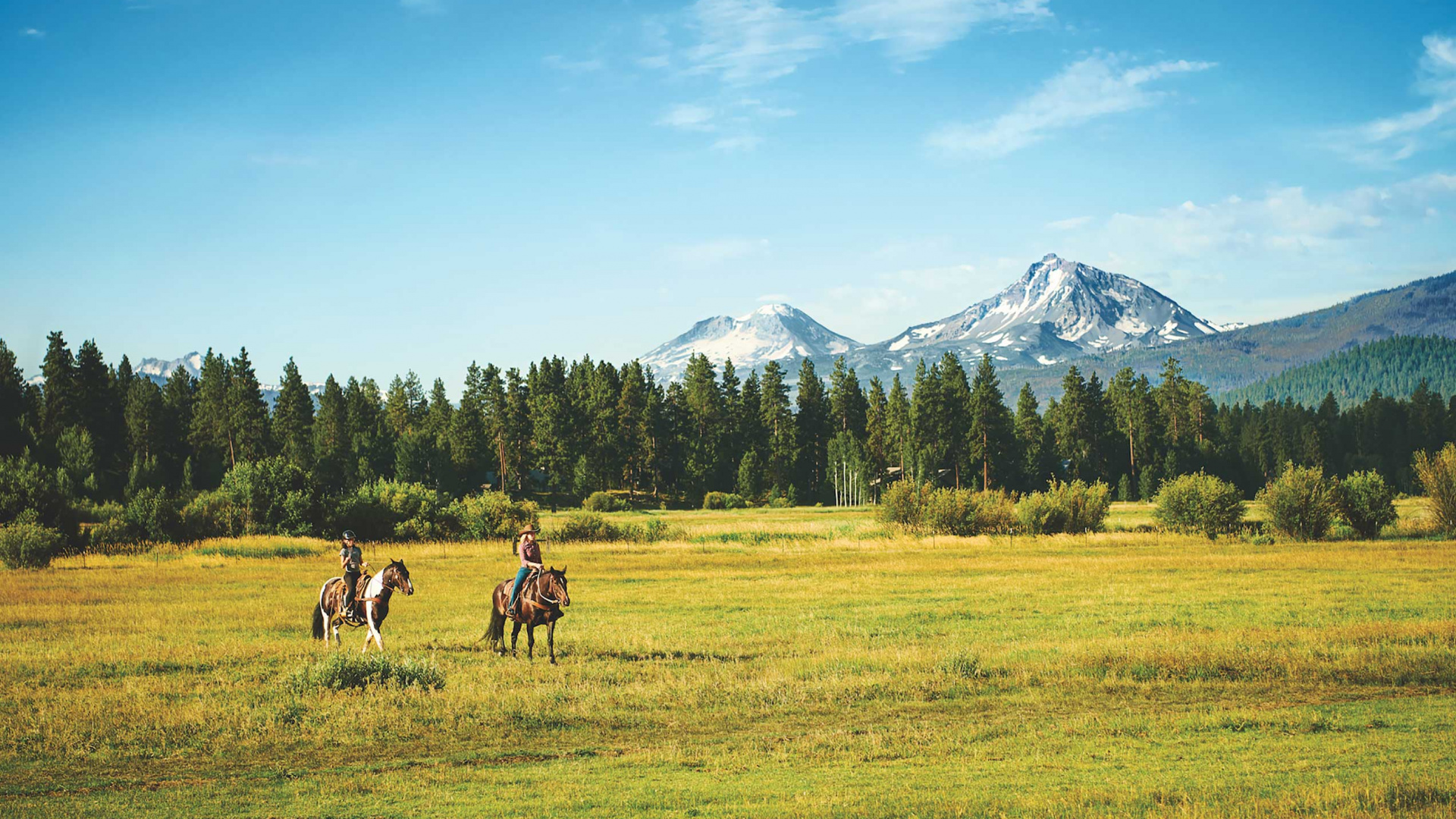 What to do in Central Oregon | Roaming the landscapes at Black Butte Ranch