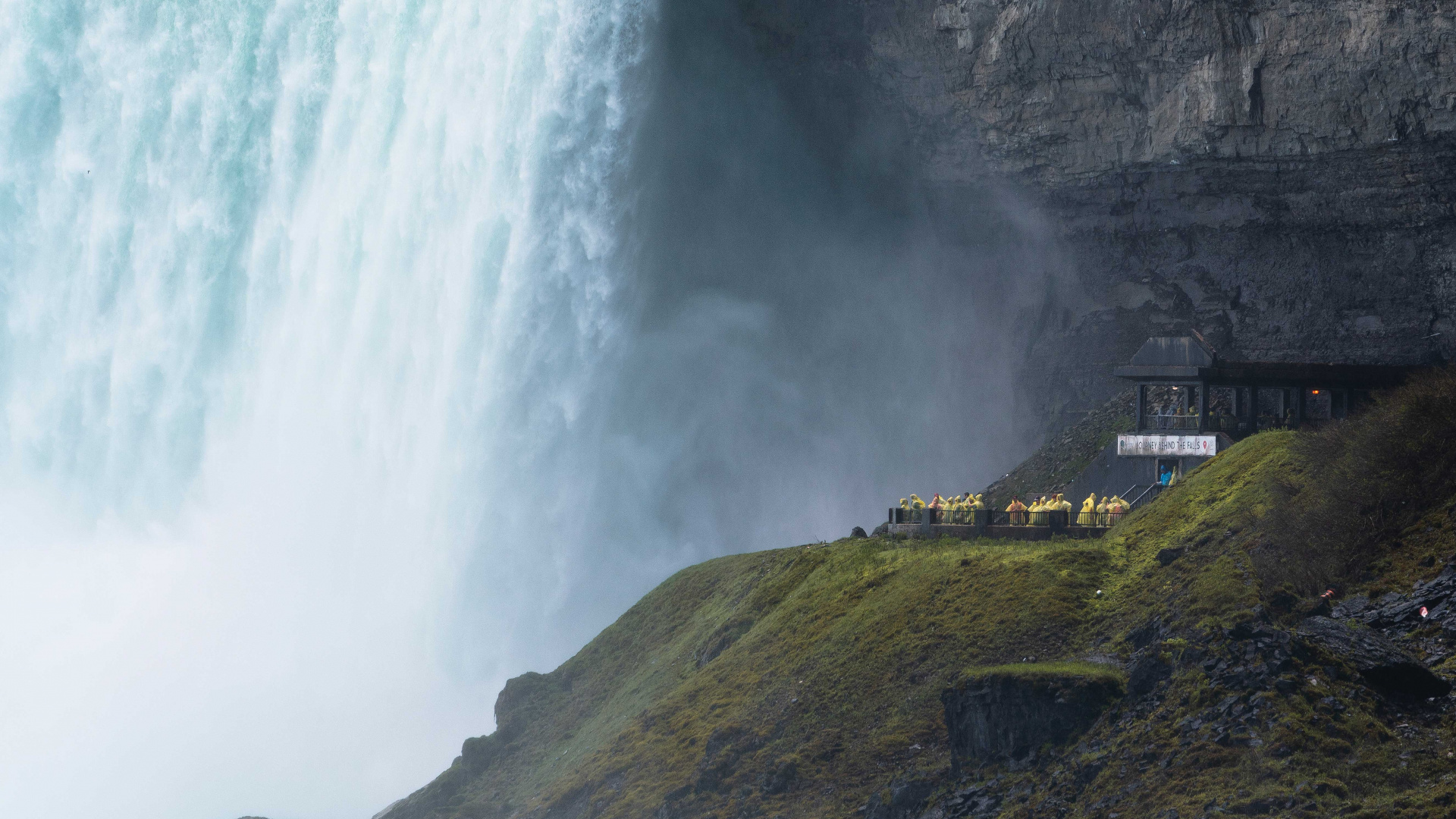 Toronto day trips   Niagara Falls