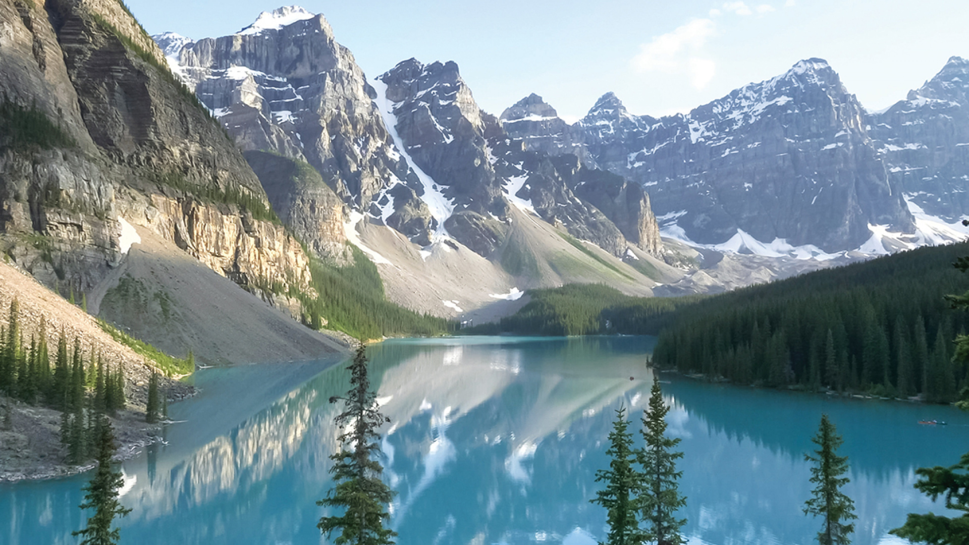The best things to do in Banff, Alberta right now | Moraine Lake Banff National Park