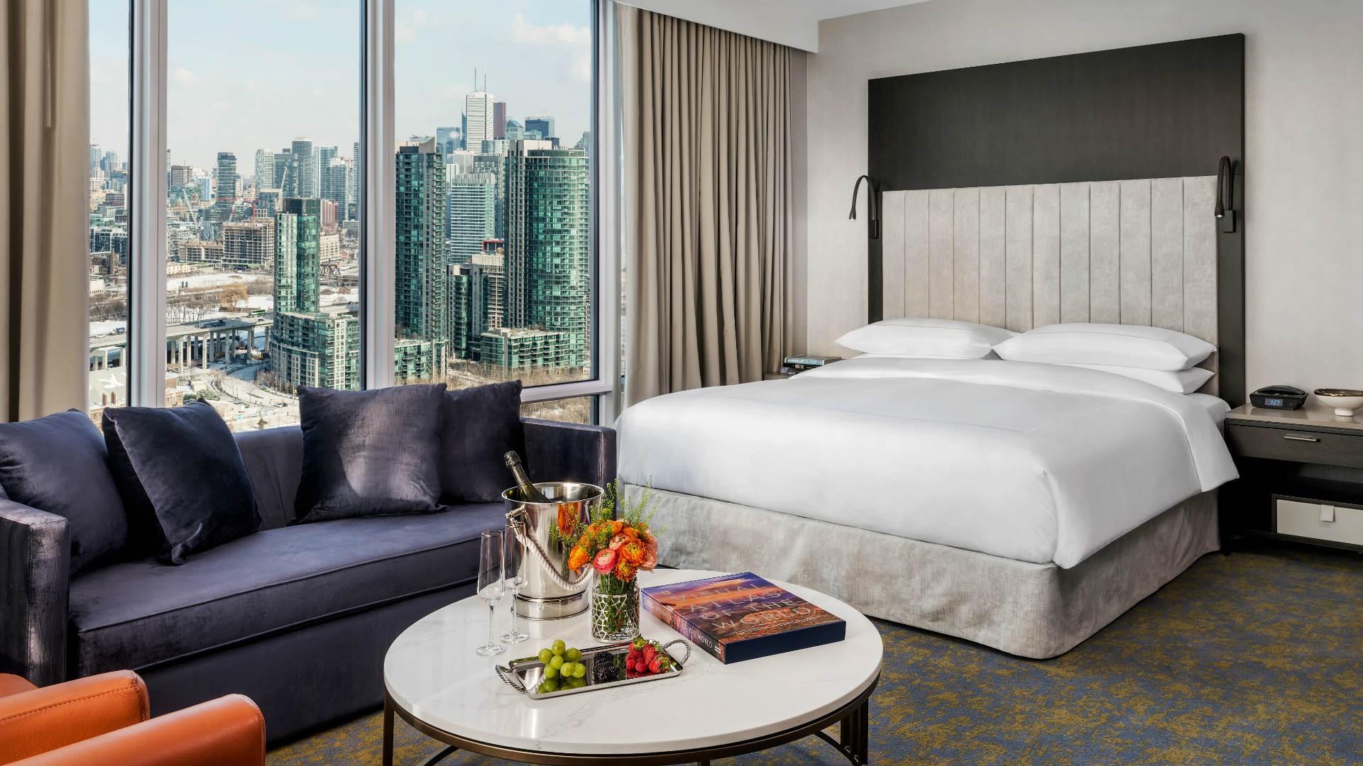 Hotel X Toronto Review: a room