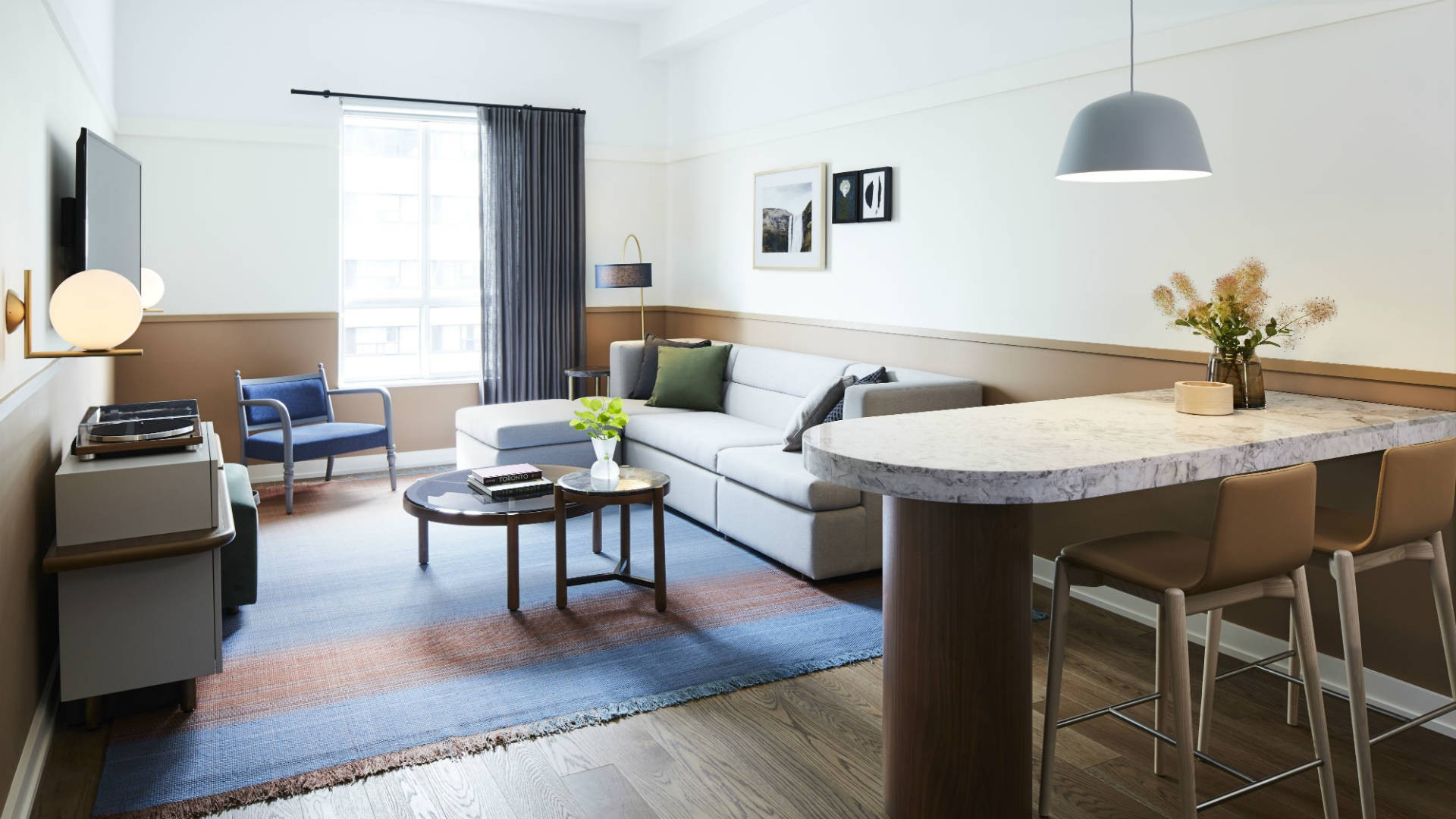 Hotel review: the Kimpton Saint George hotel, Toronto | Living area in a guest room at Kimpton Saint George