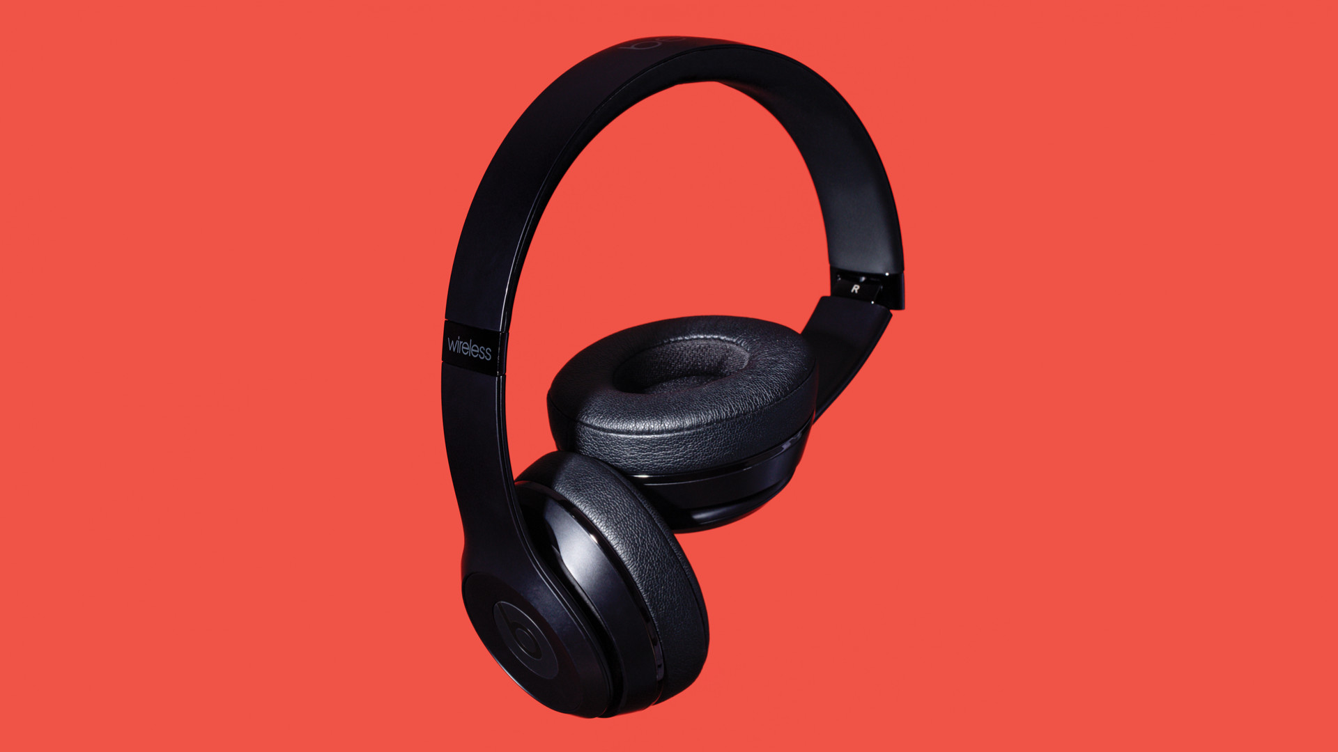 Beats Solo3 wireless bluetooth headphones