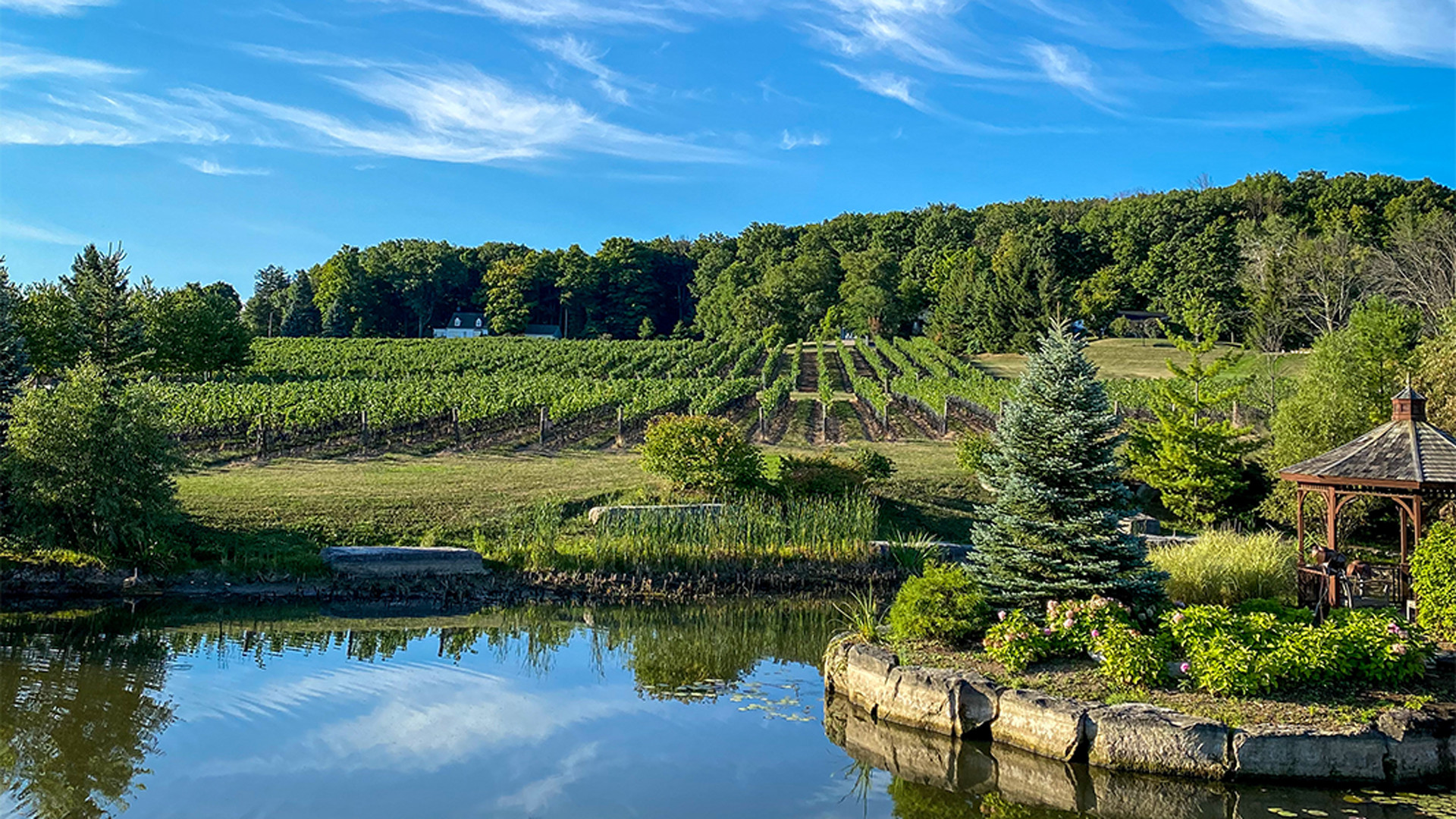 The best wineries in Niagara-on-the-Lake | Gardens at Rosewood Estates Winery