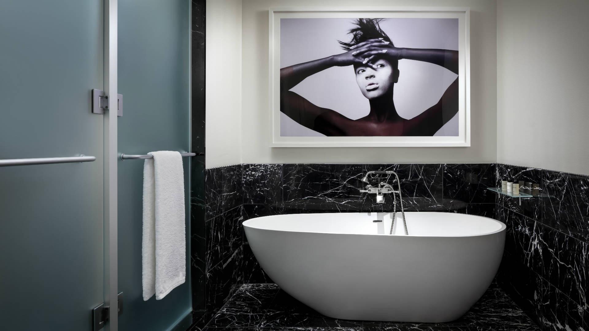 Best hotels Toronto staycation | The Bisha Hotel ensuite bathroom
