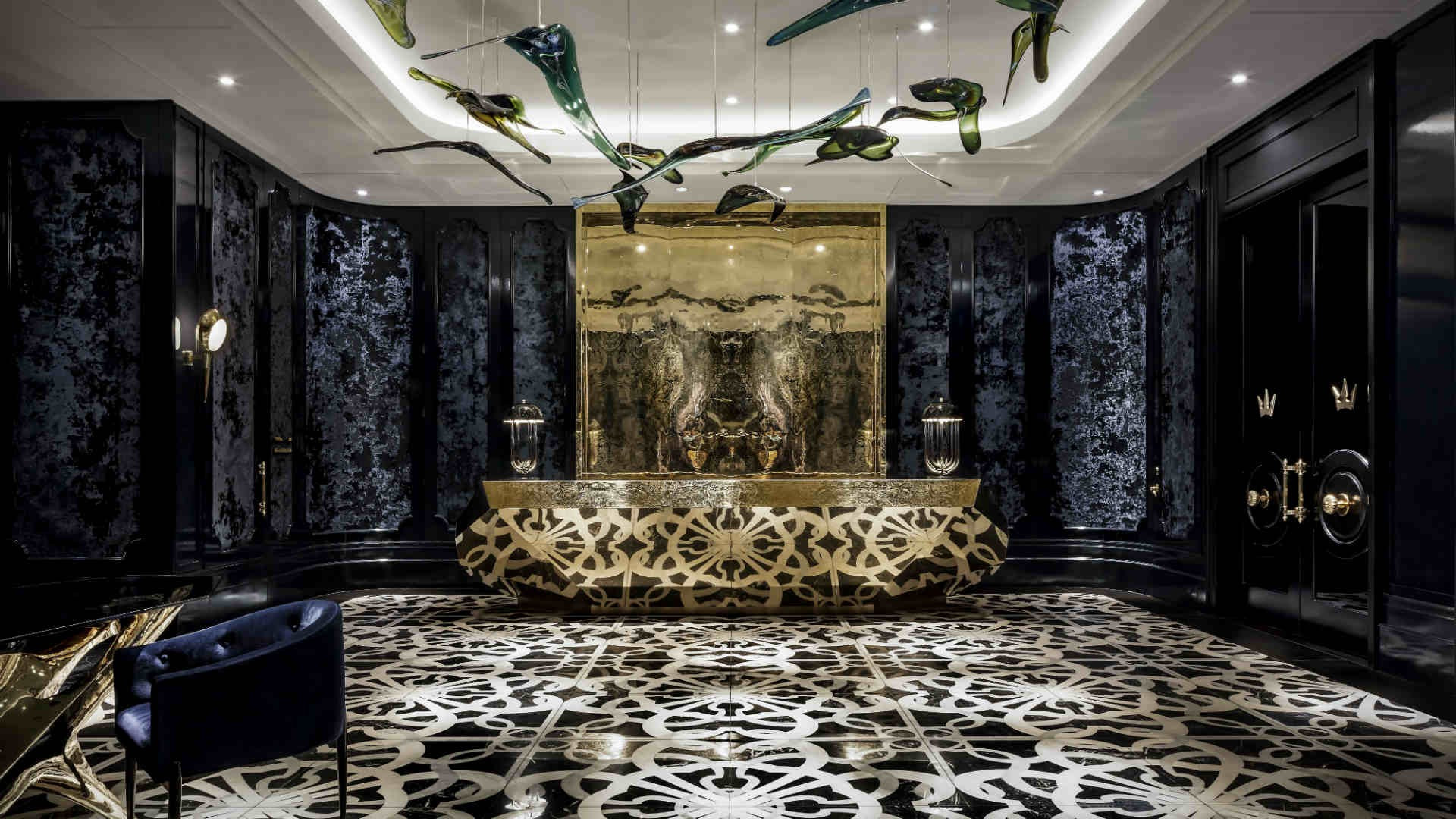 Best hotels Toronto staycation | The Bisha Hotel main entrance lobby