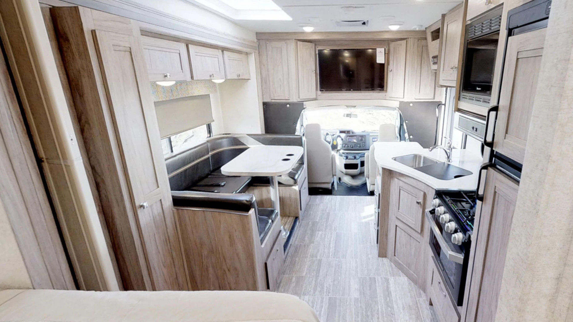 CanaDream: RV rentals in Ontario | Kitchen amenities inside one of CanaDream's vehicles
