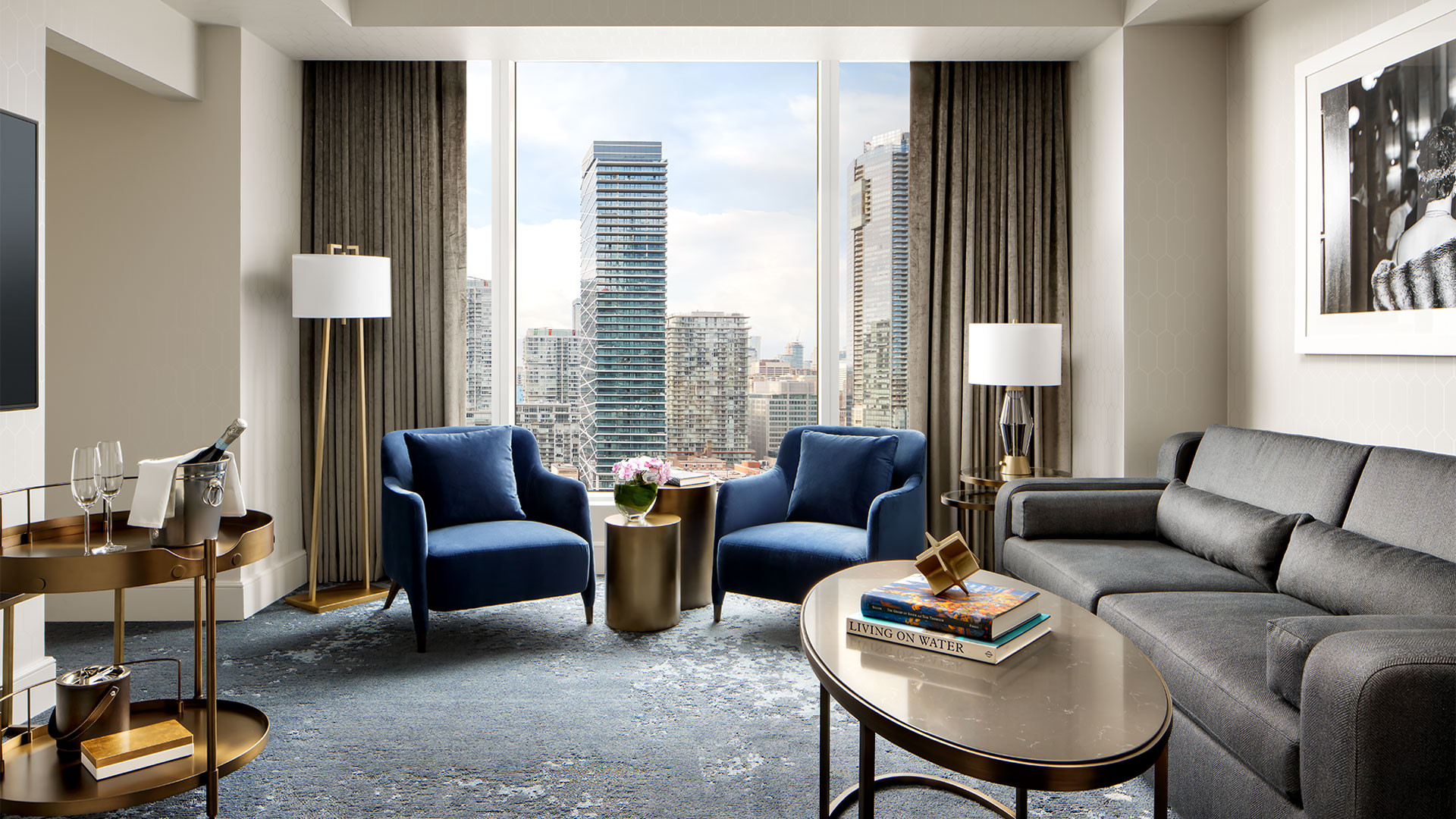 The Ritz-Carlton Hotel Toronto | Suit overlooking downtown Toronto