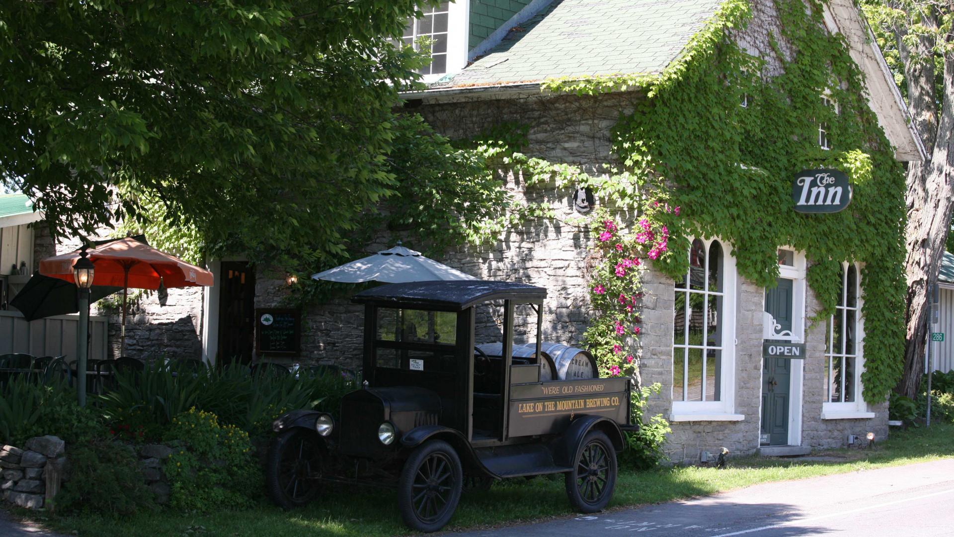 Miller House inn PEC