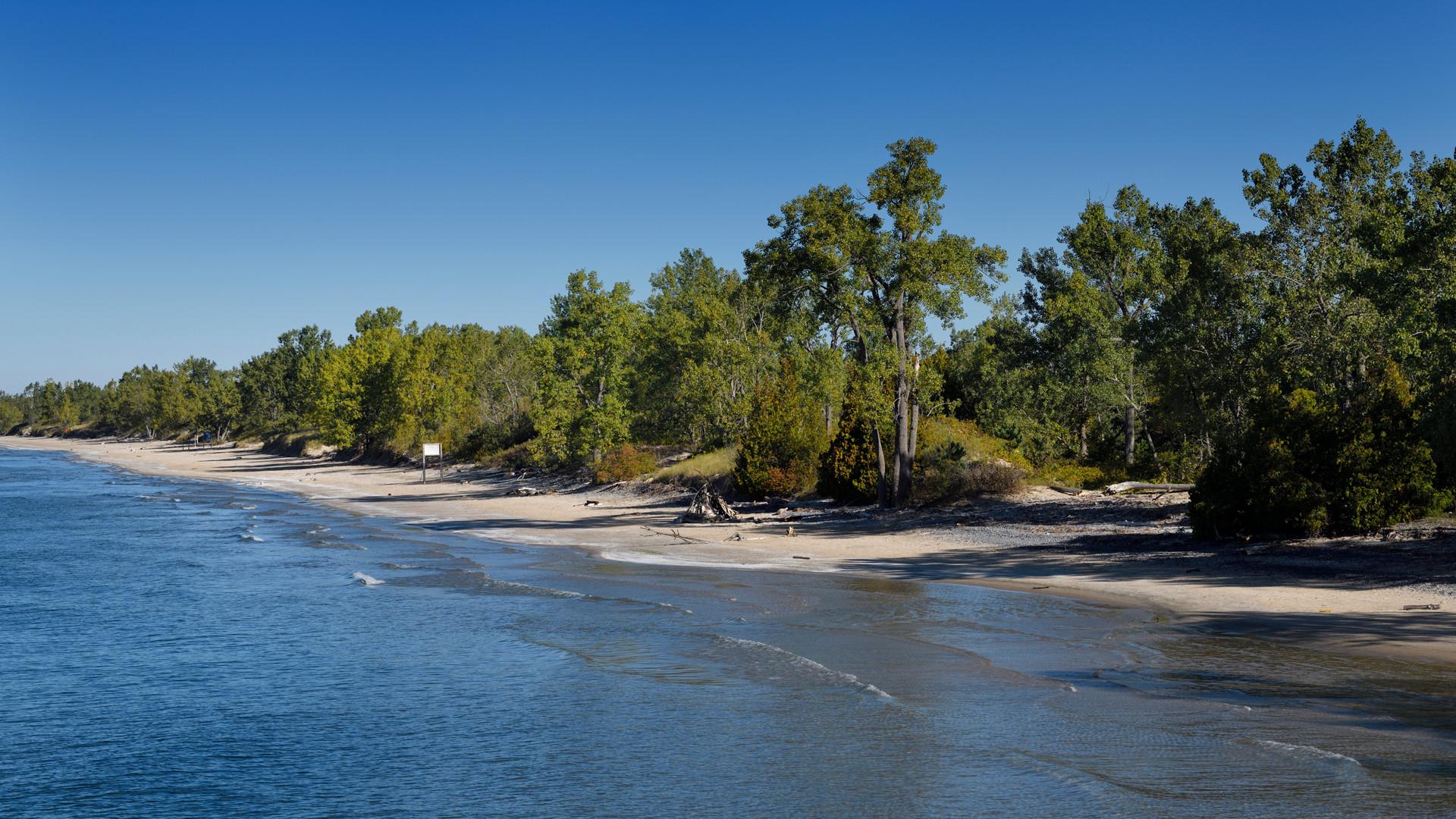 Breathtaking Ontario beaches | The beach slopes gently into Lake Ontario at Sandbanks
