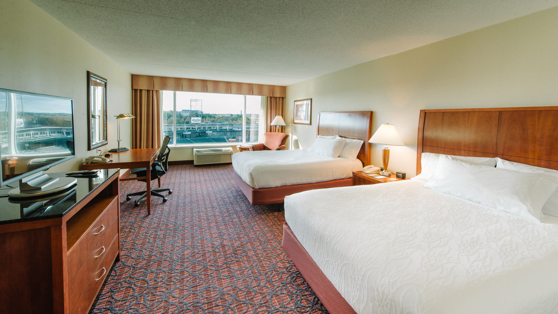New Hampshire restaurants and activities | A hotel room at the Hilton Garden Inn Manchester Downtown