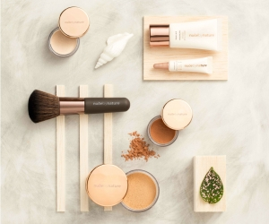Nude By Nature Complexion Essentials Starter Kit review