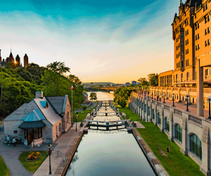 The best things to do in Ottawa | Sunset over the canal locks