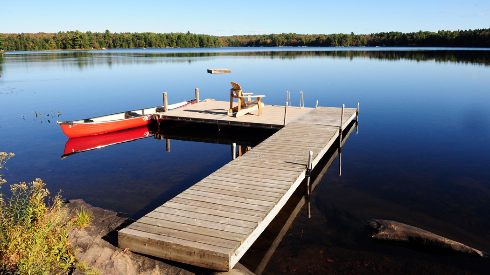Ontario's coolest cabins to rent | The dock at the Gladstone Lodge in Muskoka