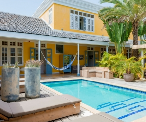 Hotel 't Klooster Curaçao hotel review