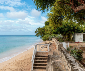 Best restaurants in Barbados | A deserted beach at Clearwater Villa